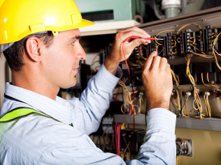 Commercial <br/>Electricians