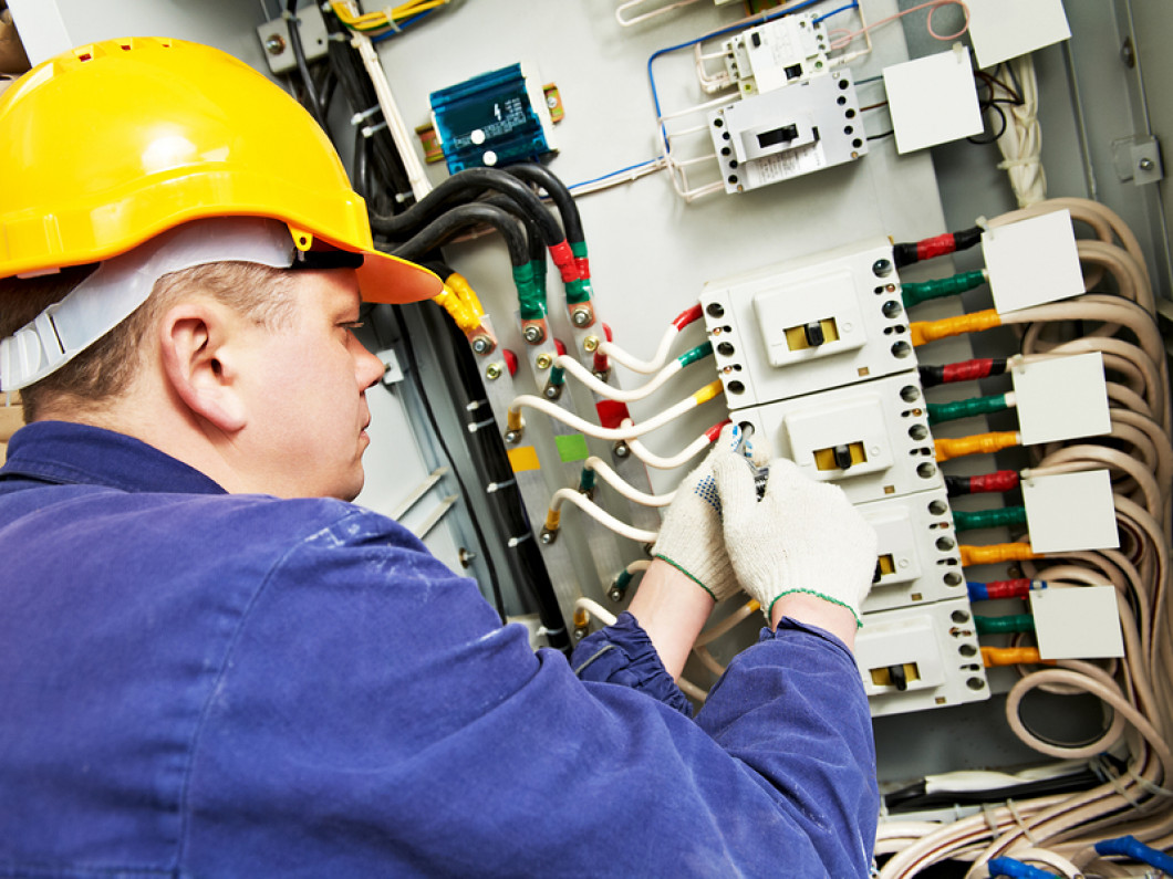 Our Commercial Electricians are Ready to Serve Your Business